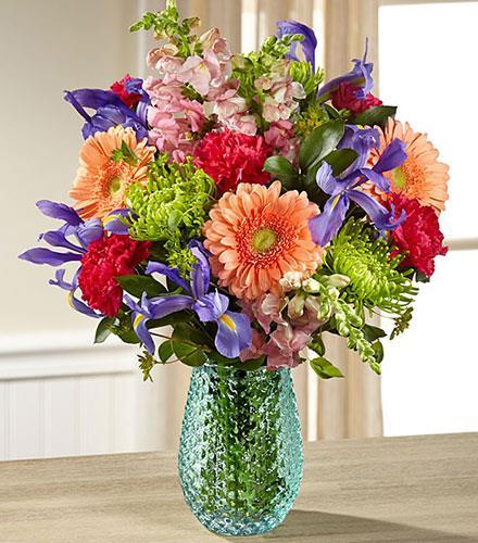 Photo of flowers: Joyful Moments in Vase with Iris