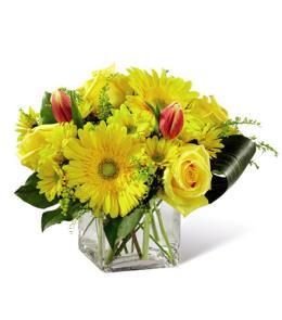 Photo of flowers: Spring Sunshine Bouquet