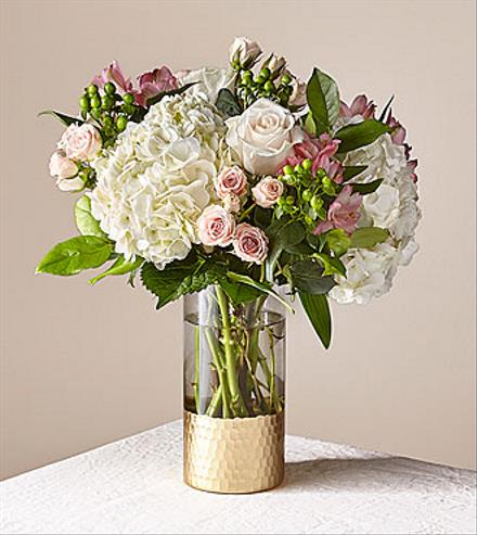 Photo of flowers: Simply Gorgeous Bouquet 19-S8