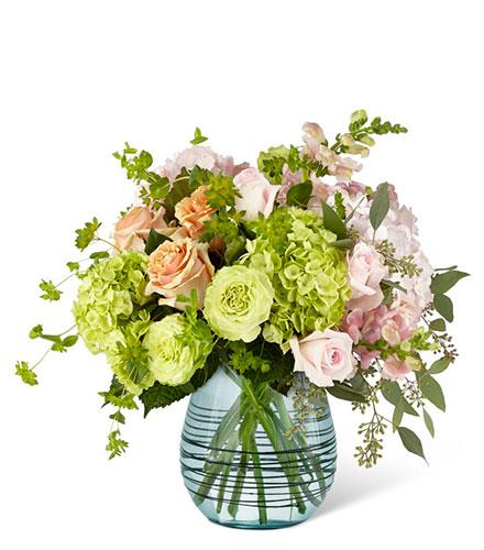 Photo of flowers: Irreplaceable Luxury Bouquet