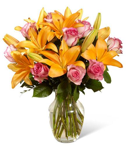 Photo of flowers: A Fresh Take Bouquet Vase