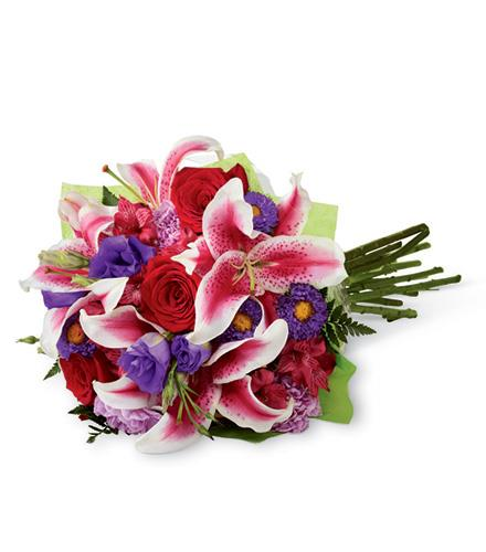 Photo of flowers: Stunning Beauty Hand Tied Gift Wrapped