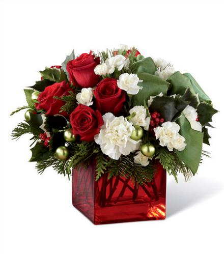 Photo of flowers: Merry & Bright Christmas Cube