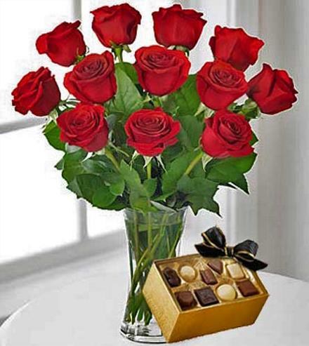 Photo of flowers: 12 Red Roses with Chocolates