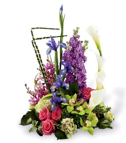 Photo of flowers: Finishing Touch Luxury Bouquet