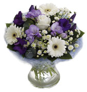 Photo of flowers: Perfect Hand Tied in Vase