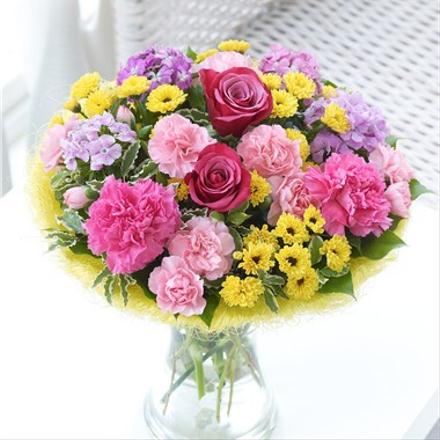 Photo of flowers: Large Summer Perfect Flower Gift