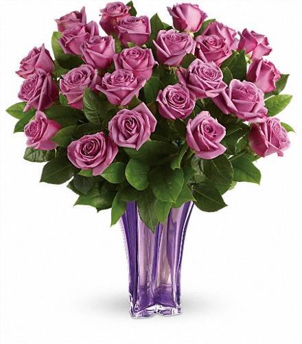 Photo of flowers: Lavender Rose Splendor in Vase