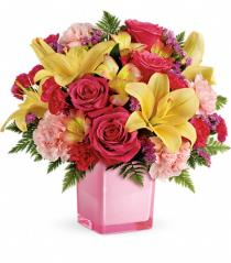 Photo of Pop Of Fun Bouquet with Roses - TEV45-3