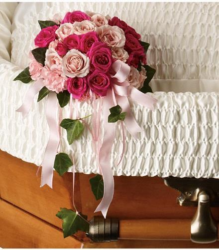 Photo of flowers: Rose Reflection Casket Insert