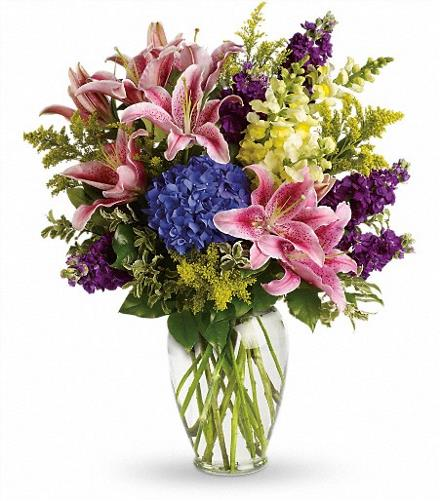 Photo of flowers: Love Everlasting Bouquet T267-1