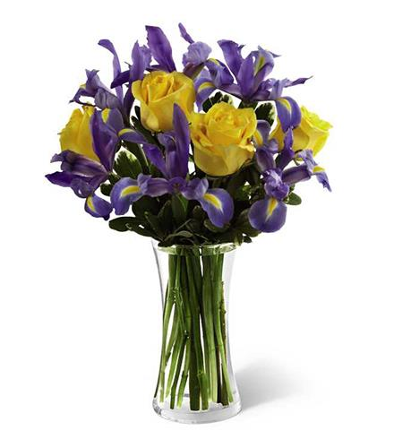 Photo of BF5736/B26-4405 (6 iris, 4 roses)