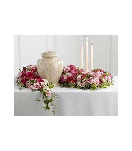 Photo of flowers: Remembrance Arrangement