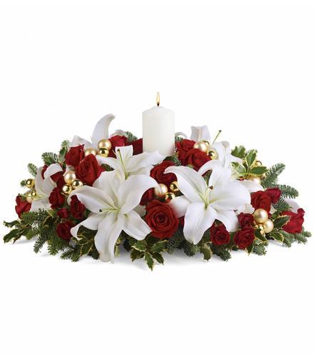 Photo of flowers: Luminous Lilies Centerpiece