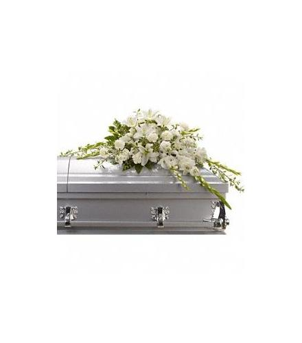 Photo of flowers: Bountiful Memories Casket Spray