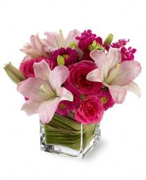 Photo of Posh Pinks with Vase  - T05N100
