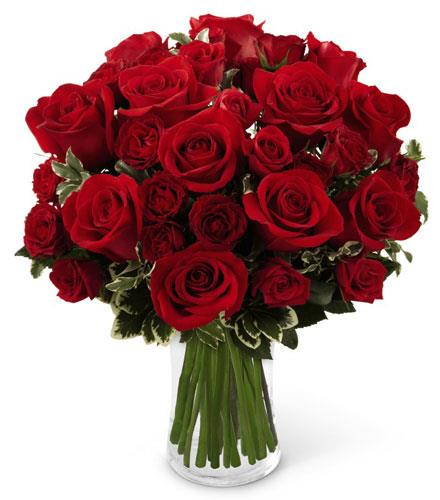 Photo of flowers: The FTD Red Romance Rose Bouquet