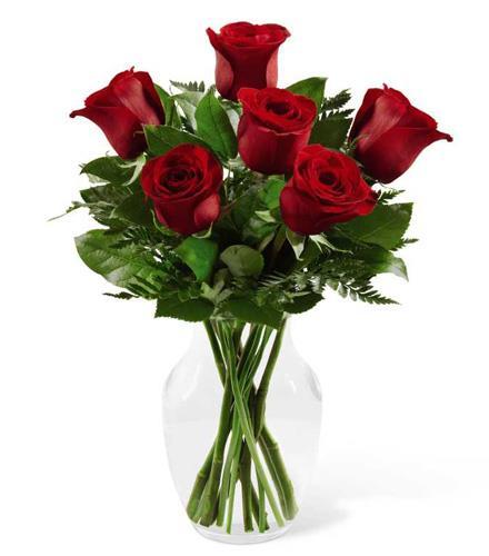 Photo of flowers: Simply Enchanting 6 Rose Vase  E4-4822