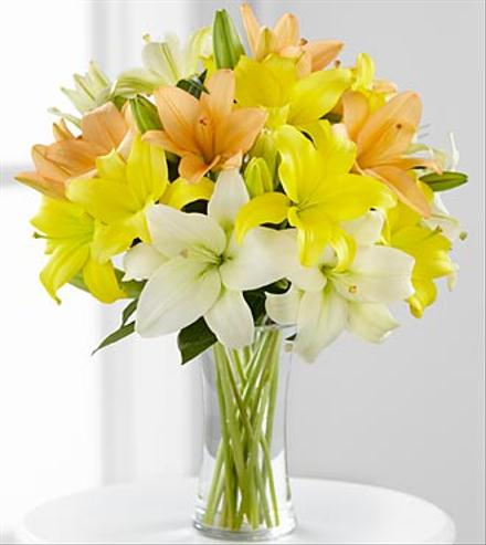 Photo of flowers: Sunny Days Ahead Asiatic Lily Bouquet
