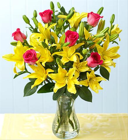 Photo of flowers: Roses and Lilies Vase Bouquet