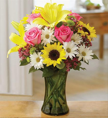 Photo of flowers: Traditional Garden Vase Bouquet