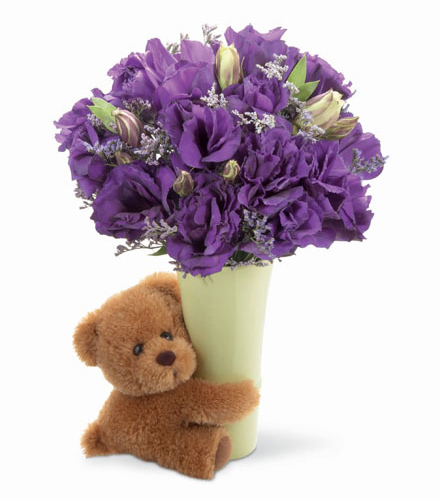 Photo of flowers: Big Hug Bouquet with Vase and Teddy Bear