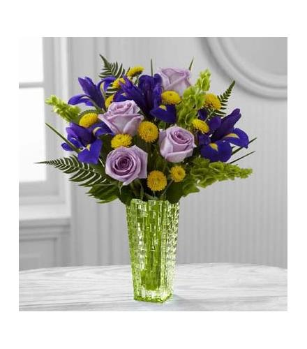 Photo of flowers: The FTD Garden Vista Bouquet by Better Homes and Gardens