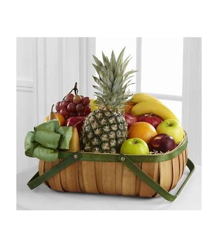 Photo of flowers: Thoughtful Gesture Fruit Basket