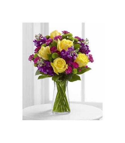 Photo of flowers: Happy Times Vase with Roses