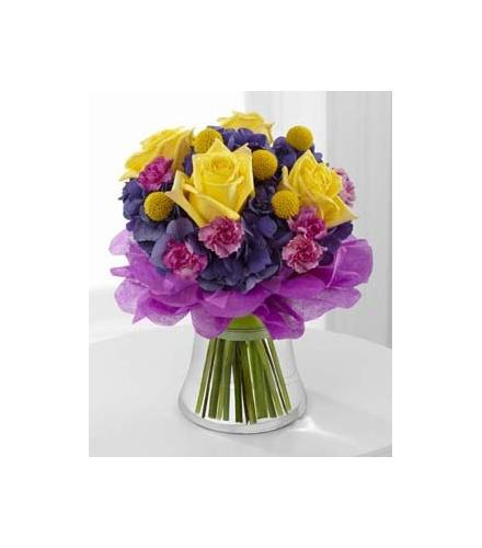 Photo of flowers: The FTD Colors Abound Bouquet