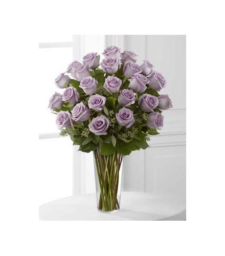 Photo of flowers: Lavender Roses in Vase