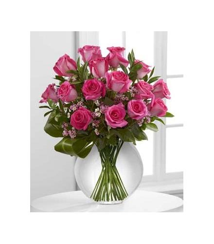 Photo of flowers: Blazing Beauty Rose Bouquet in Vase