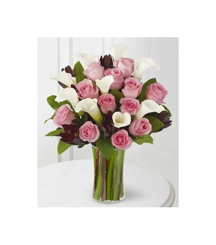 Photo of flowers: Warm Embrace Roses and Calla Lilies Vased