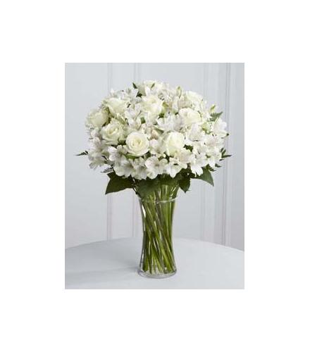 Photo of flowers: Cherished Friend Roses in Vase