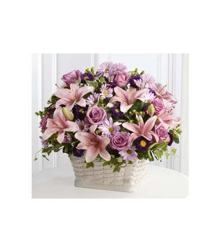 Photo of flowers: Loving Sympathy Basket