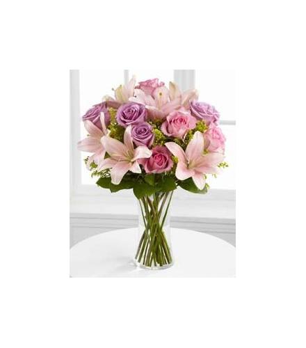 Photo of flowers: Farewell Too Soon Vase Bouquet S37-4523