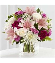 Photo of The FTD Shared Memories Bouquet - S47-4552