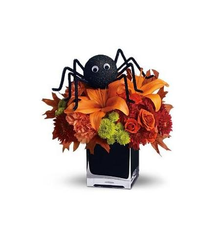 Photo of flowers: Spooky Sweet in Cube Vase