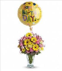 Photo of flowers: Dazzling Day Birthday Bouquet