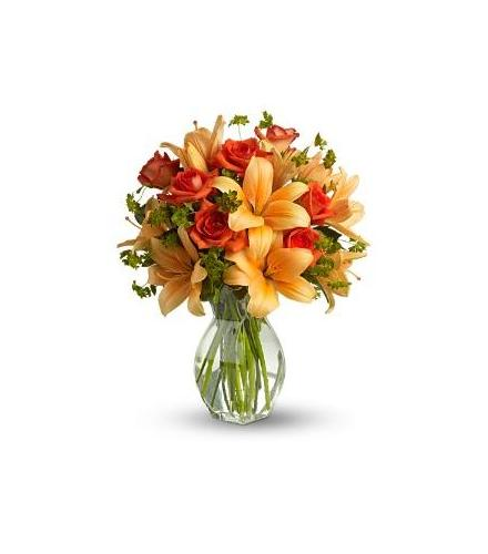 Photo of flowers: Fiery Lily and Rose Vase