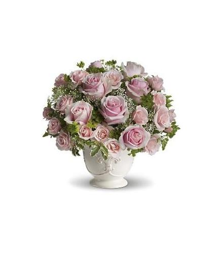 Photo of flowers: Pink Roses Centerpiece