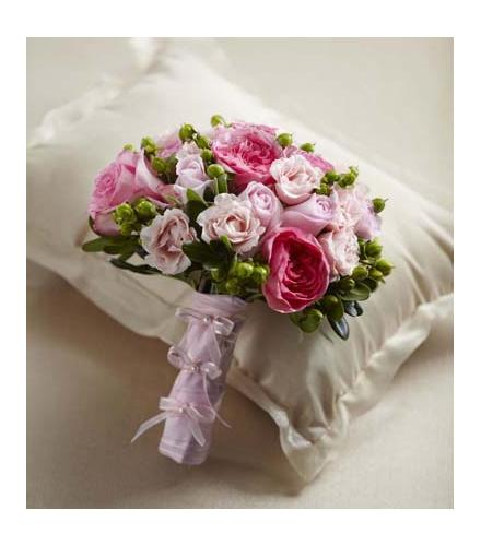 the ftd pink profusion bouquet wedding flowers and bridal bouquets catalog order online and save. Black Bedroom Furniture Sets. Home Design Ideas